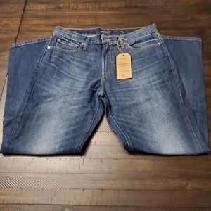 """Lucky Brand 221 Straight Fit Jean 32"""" Inseam"""